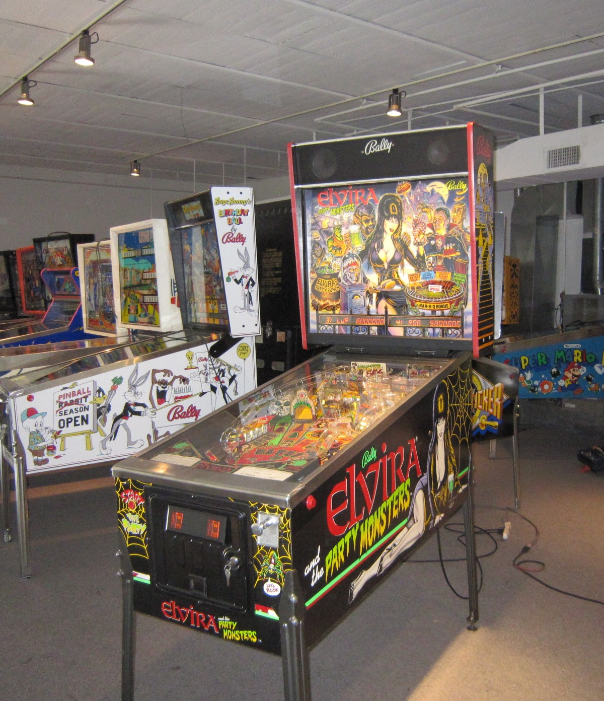 Elvira The Party Monsters Pinball Machine (Autographed ...