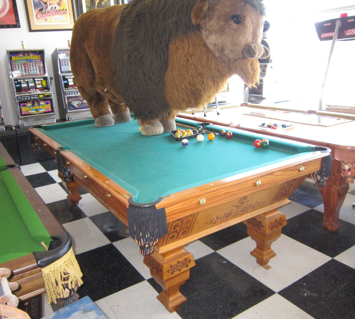 Antique Brunswick Popular Pool Table Fun - Brunswick monarch pool table for sale