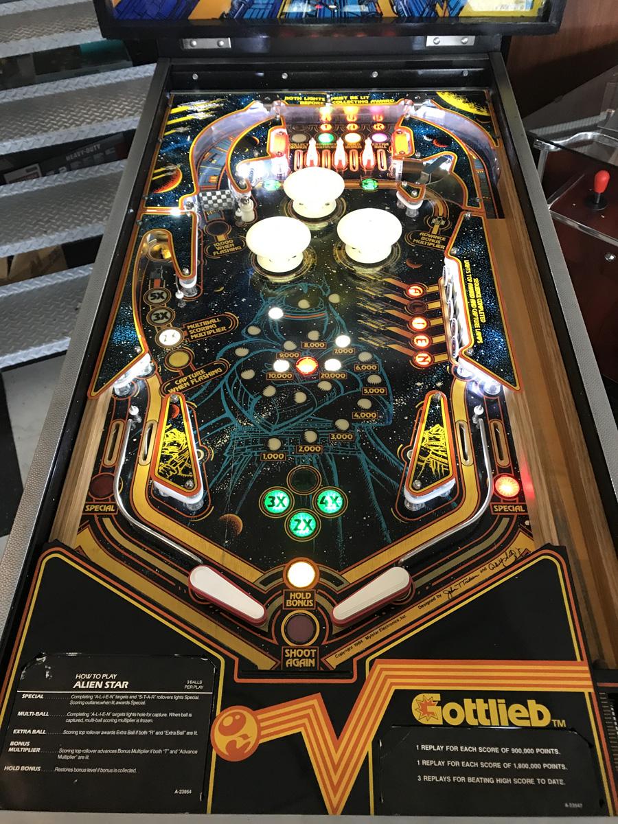 Alien Star Pinball Machine Fun