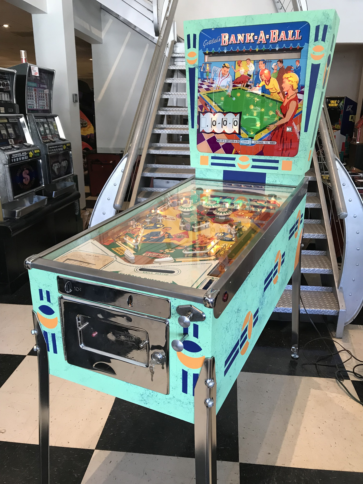 Bank-A-Ball Pinball Machine * | Fun!