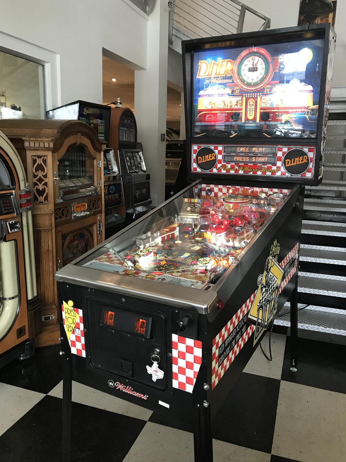 Diner Pinball Machine | Fun!